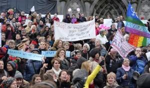 anti-migrant-protest