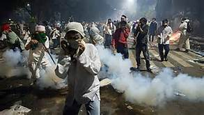 Rally turns violent in Jakarta